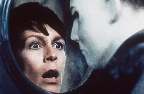 Laurie comes face to face with Michael in Halloween H20
